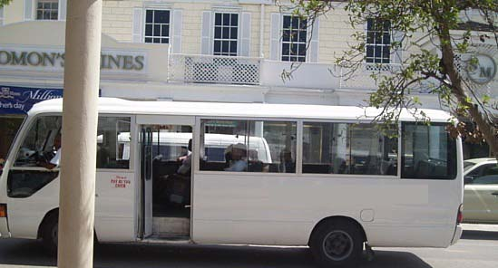 Bus in Bah