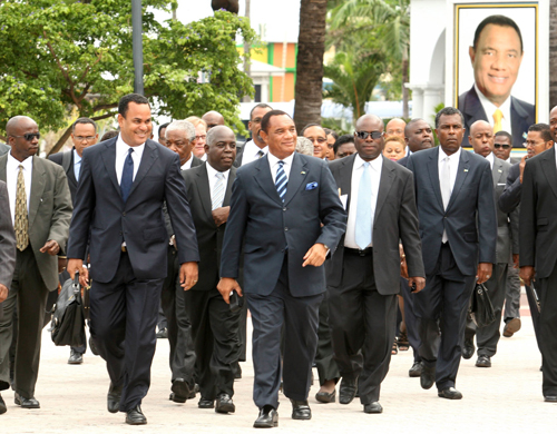 The Christie Cabinet getting results on the job front. Less Bahamians are unemployed since Christie Government came to office.