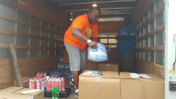 BTC teams offloading supplies for residents in affected islands in the Southern Bahamas.