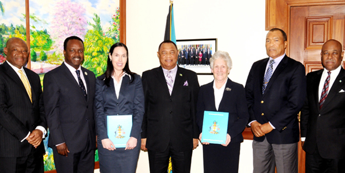 CGF VISITS THE BAHAMAS – Prime Minister the Rt. Hon. Perry Christie, centre, welcomed Commonwealth Games Federation officials in a courtesy call on Wednesday, January 13, at the Office of the Prime Minister. Pictured from left are: Paul Major; Minister of Youth, Sports and Culture the Hon. Dr. Daniel Johnson; Commonwealth Games Federation Head of Youth Games Rachel Simon; Prime Minister Christie; President of Commonwealth Games Federation Louise Martin; President of Bahamas Olympic Committee Wellington Miller; and Minister of Tourism the Hon. Obie Wilchcombe. (BIS Photo/Kemuel Stubbs)