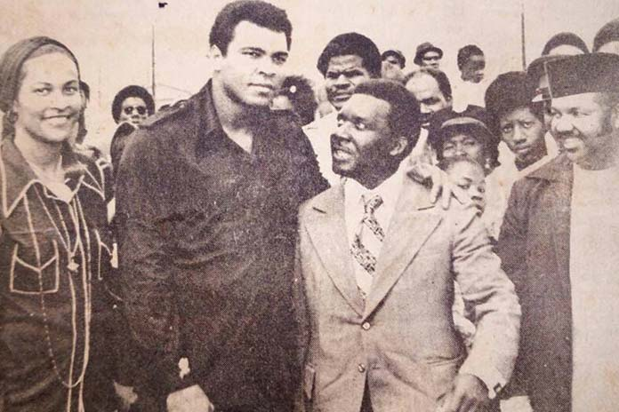 Muhammad Ali and former Bahamian PM Sir Lynden on a visit to the Bahamas.